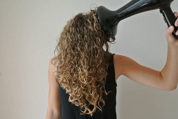 seche cheveux brushing